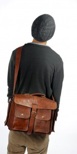 The Ambassador shoulderbag